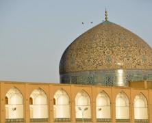 Strzały w Esfahanie!